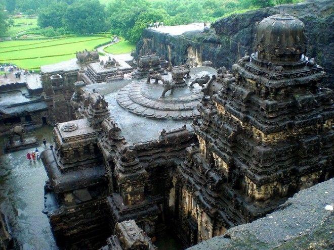 Загадку этого уникального храма не разгадали до сих пор Храм Кайлаш Индия