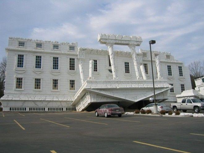 Необычная копия Белого дома в Висконсин Деллс США