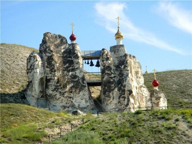 СвятоСпасский женский монастырь Костомарово Россия