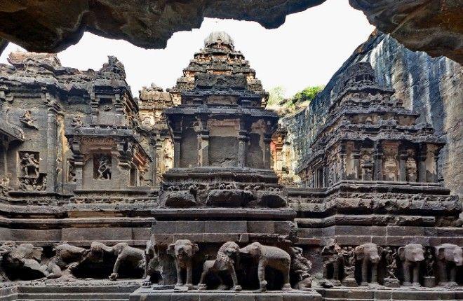 Гармоничное переплетение нескольких древних культур Храм Кайлаш Индия