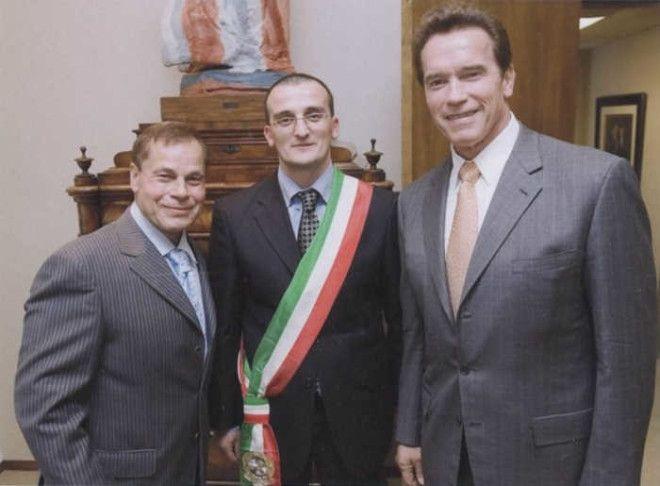 Мэр города старается сохранить старинный город Италии
