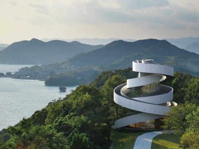Необыкновенная свадебная Часовнялента в Ономити Япония