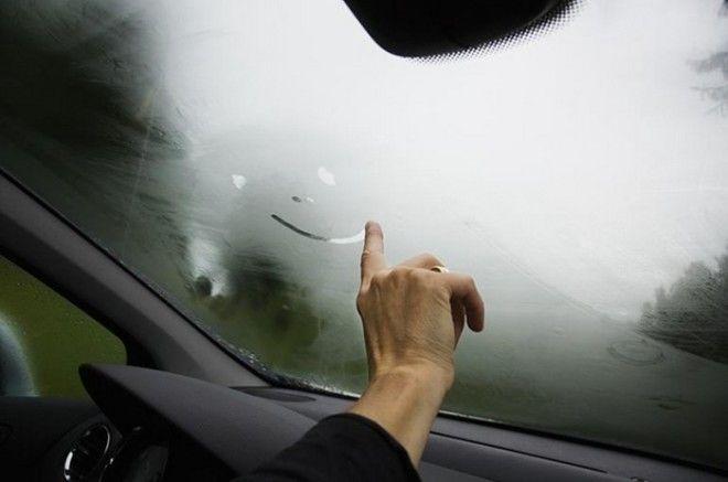 Проблема запотевших стекол не новинка в автомобиле Фото bummagazincom