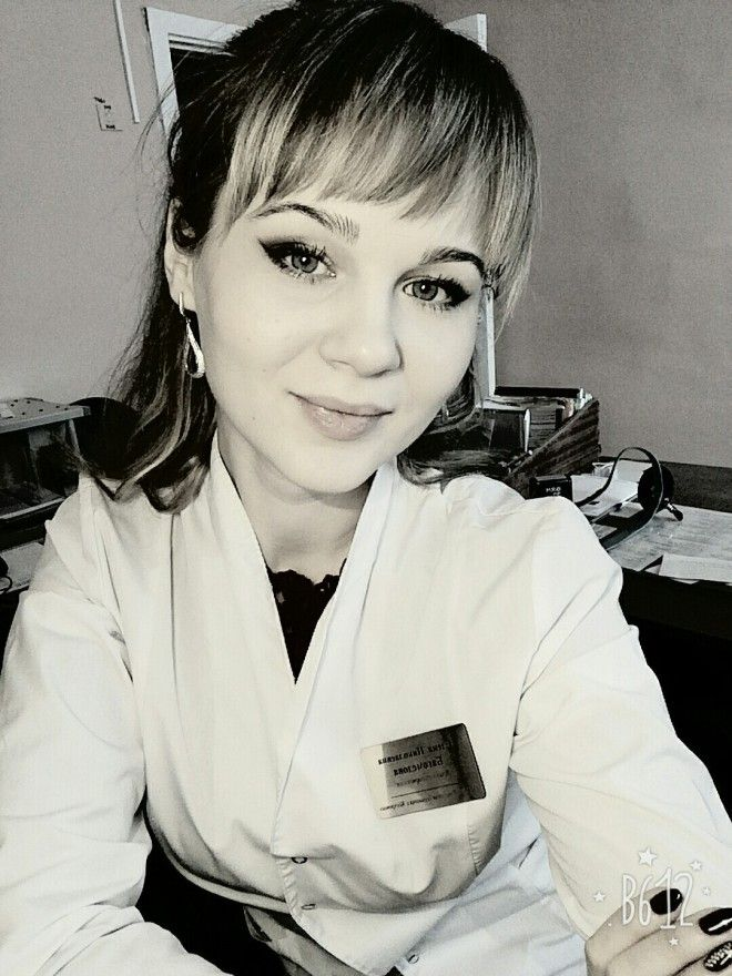симпатичные врачи и медсестры
