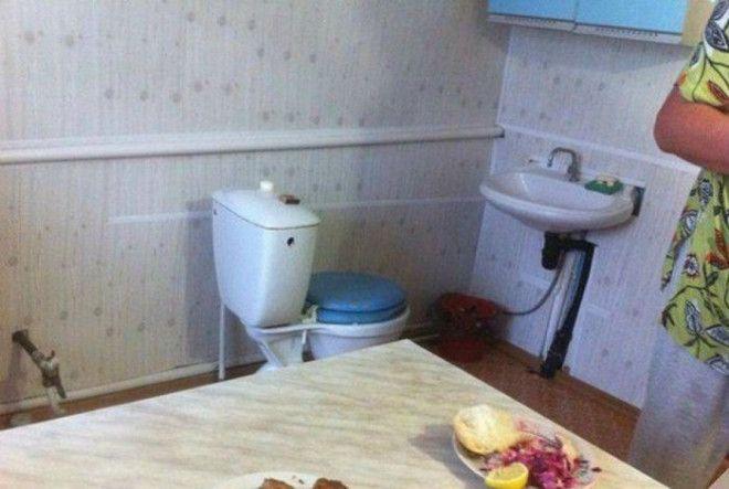 Оригинальная идея смежного санузла Фото Алтапресс