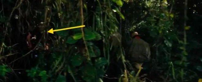 S10 раз когда в сцены фильмов попали вещи которых там не должно было быть