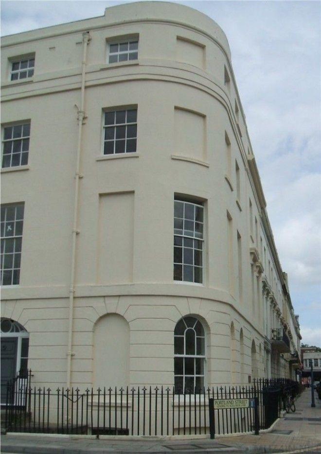 Sот почему в Англии есть здания в которых окна по сути окнами не являются