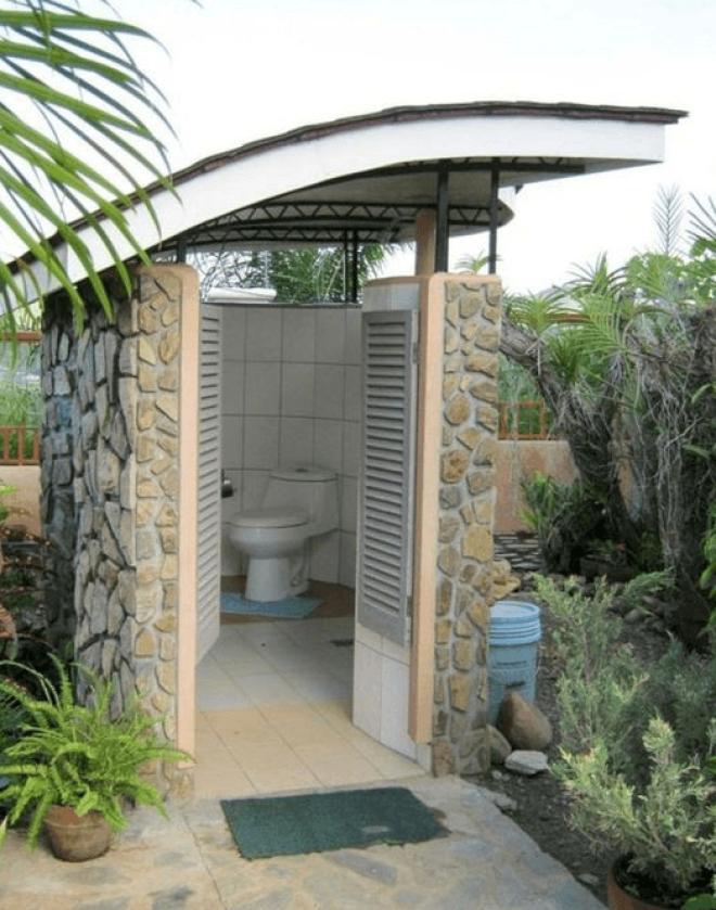 SПодборка самых креативных вариантов туалета для дачи или частного дома