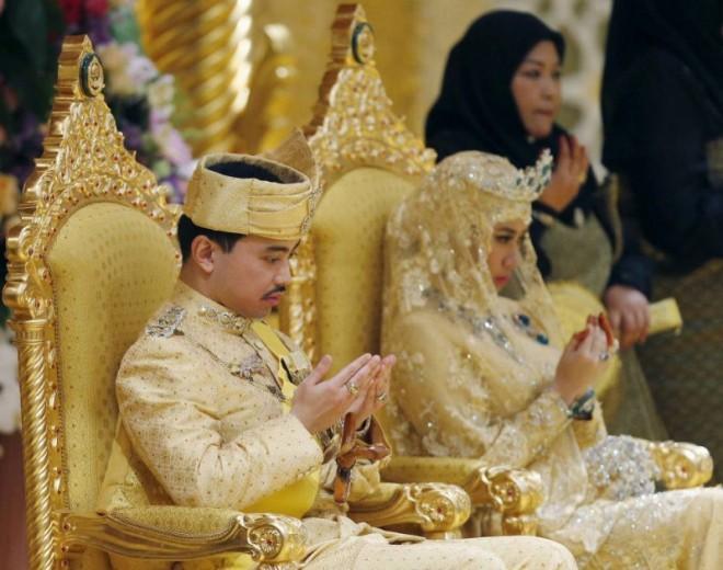 Как султан женил своего сына.