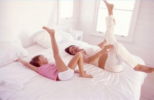 Хотите здоровые суставы? Выполняйте эти упражнения прямо в постели!
