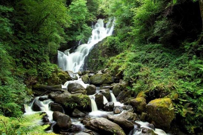 В Ирландии найден водопад, избавляющий от бессонницы!
