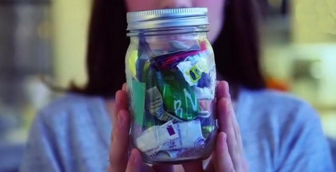 А Вы бы смогли жить так, как эта девушка? Не оставляя за собой мусор.