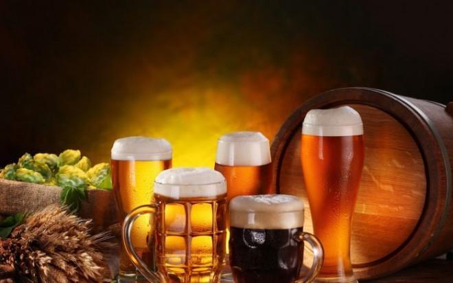 Задумывались ли вы как появился всеми любимый пенный напиток — пиво?