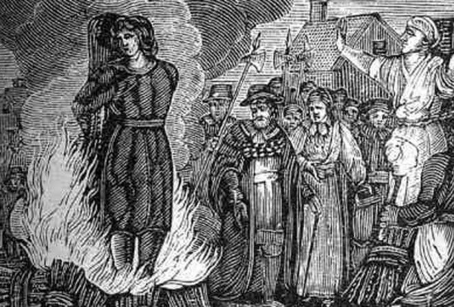 Средние века были для женщин нелегким временем...
