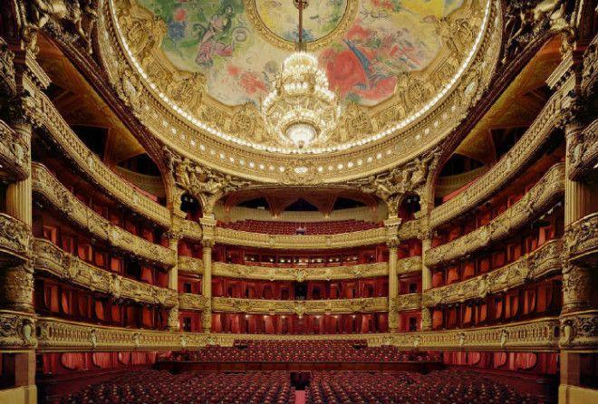 Прогулка по великолепным оперным залам мира.