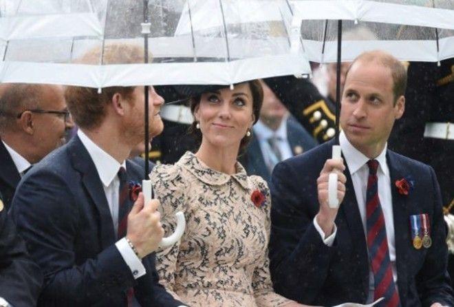 Какие веселые кадры нам уже подарила королевская «тройка».